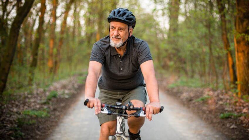 senior-mountain-biking