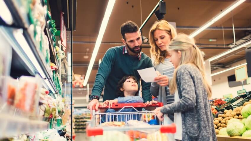 5 Simple Steps to Help You Save Money in 2018