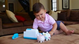 Age Appropriate Tips on How to Teach Your Child About Money