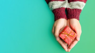 An Etiquette Guide for Spending on Gifts