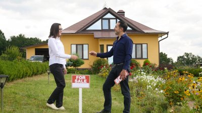 Real Estate Myths That Are Costing Buyers