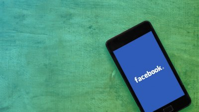 Facebook Plans TV Takeover