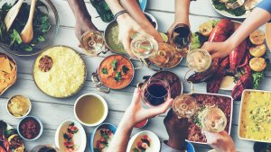 How to Eat Out and Still Save Money