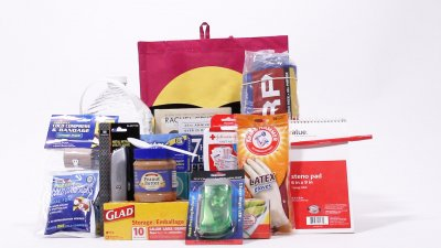 How to Make a DIY Emergency Kit
