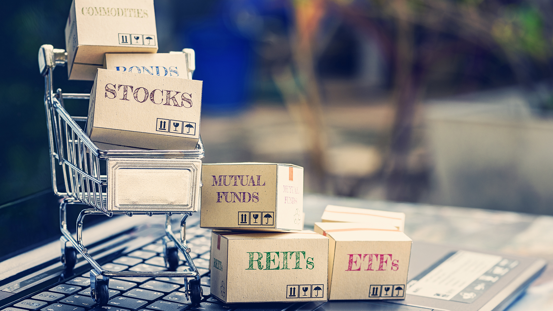 10 Low-Risk Ways to Invest Your Money