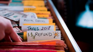 3 Reasons You Shouldn't Receive a Tax Refund Next Year