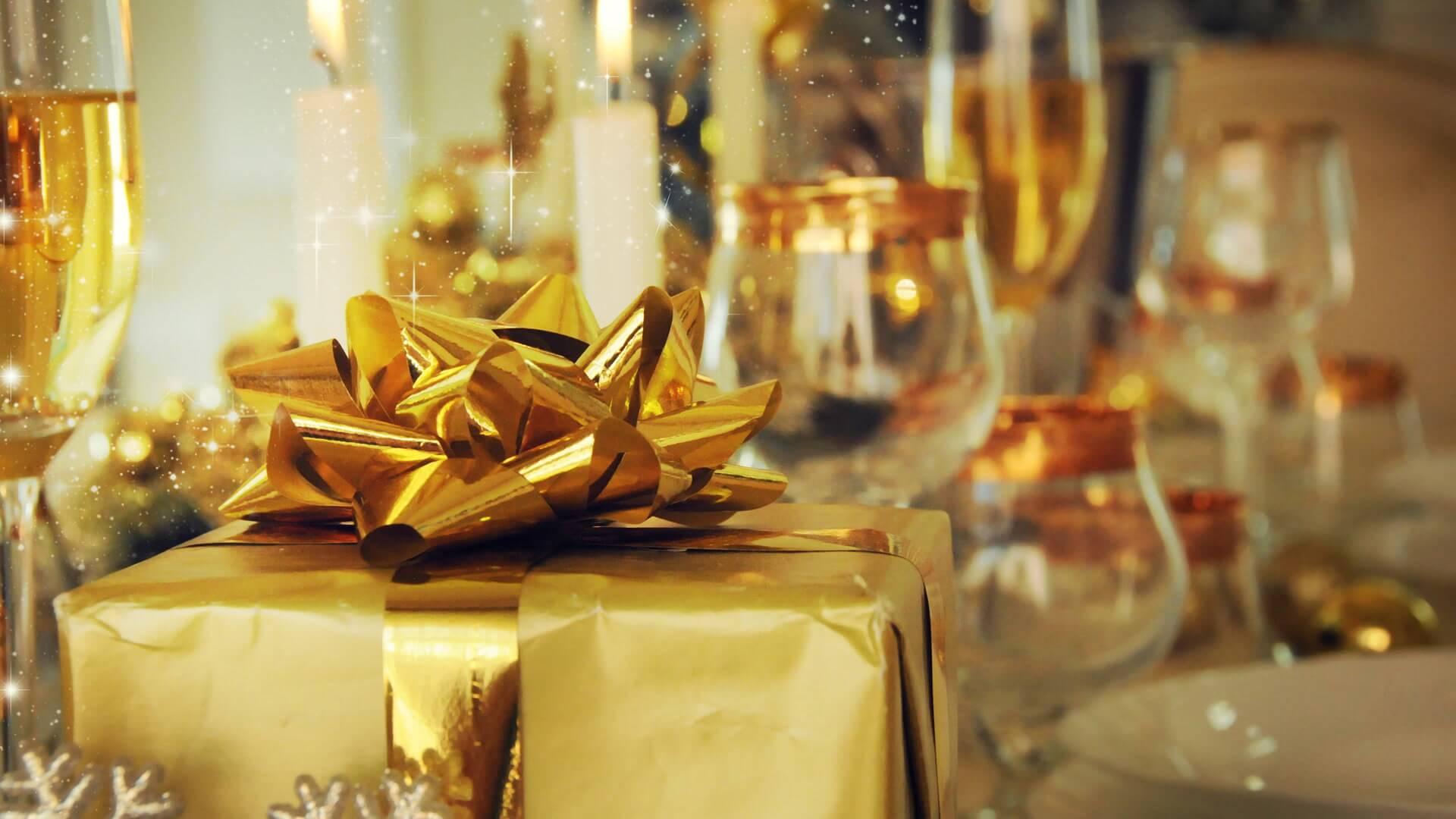 Restaurants Open On Christmas Day 2018 Restaurants Open On Christmas Day | GOBankingRates Restaurants Open On Christmas Day 2018