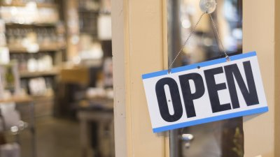 Stores Open on New Year's Day 2018