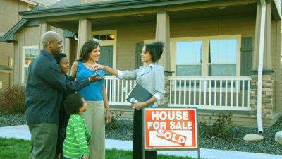 The First 4 Steps You Should Take Before Buying Your First Home