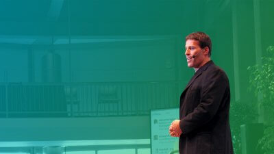 Tony Robbins's Tips For First-time Investors