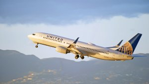 United Airlines Almost Replaced Bonuses with a $100,000 Lottery