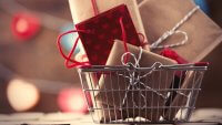 4 Easy Ways to Save on Holiday Shopping