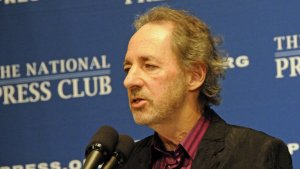 Voice Actor Harry Shearer Walks Away From 'Simpsons' and $14 Million Deal