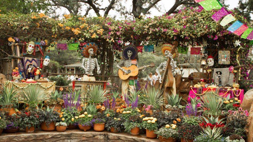 Dia de los Muertos, Disneyland, Disneyland Resort, Rancho del Zocalo