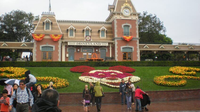 Disneyland, Disneyland Resort, Entrance, Main Street USA