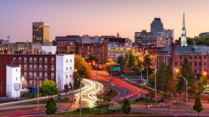 Worcester, Massachusetts, USA Skyline at rush hour.