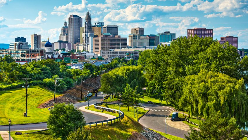 Hartford, Connecticut, USA downtown cityscape.