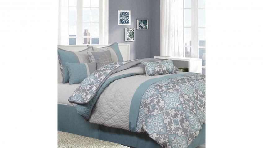 Seven-Piece-Comforter-Set