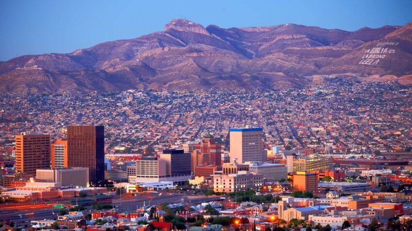 El Paso Texas skyline at dusk
