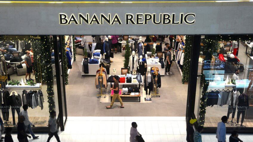 Banana Republic Credit Card Review: Get Rewarded for Loyalty