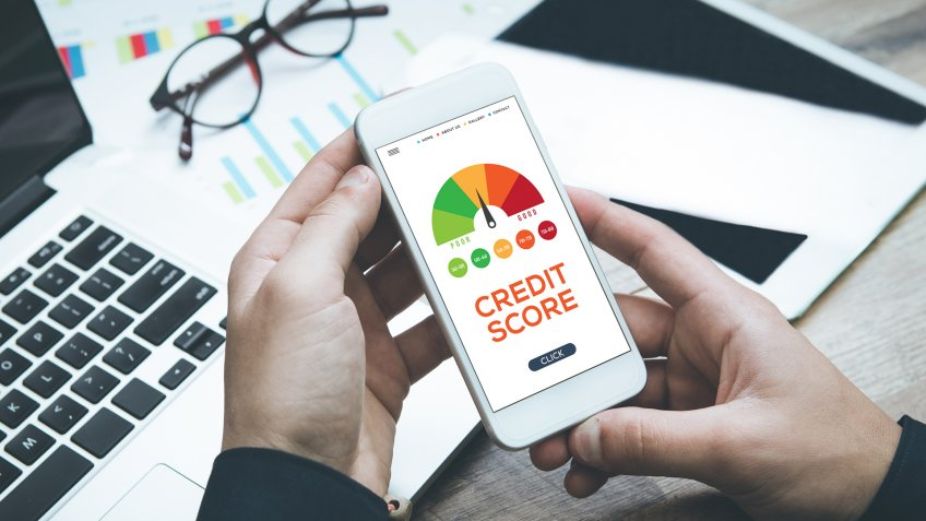 This Company Is Issuing Credit Cards to People Without Credit Scores