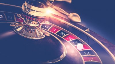 Don't Get Duped: 5 Ways Casinos Keep You Spending Money
