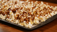Create This Cheap Salted Caramel Popcorn in a Pinch