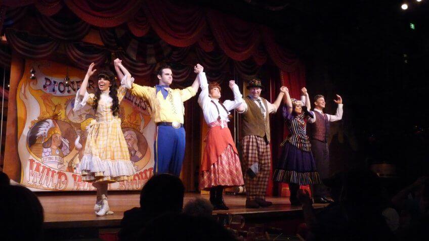 Hoop Dee Doo Revue at Walt Disney World