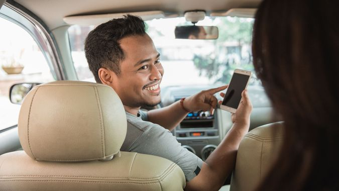 Ride share driver picking up a customer