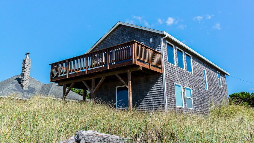 beautiful wood holiday house cabin