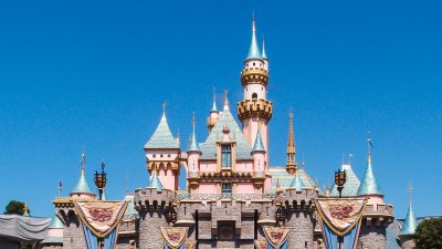 5 Disneyland Hacks To Save Money