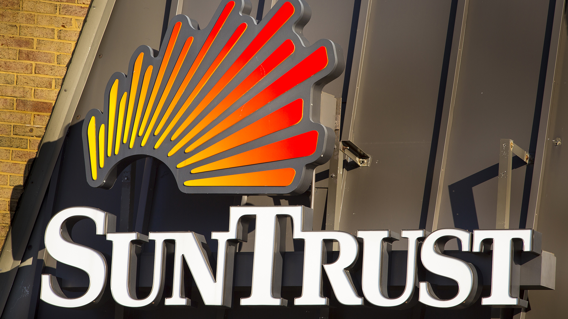 Magnificent Heres Your Suntrust Routing Number Gobankingrates Wiring 101 Ferenstreekradiomeanderfmnl