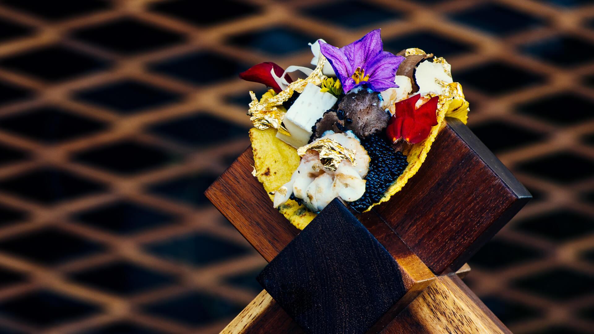 $25, 000 caviar kobe beef gold flake taco