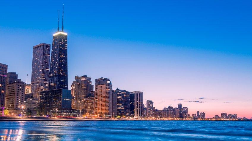 Chicago skyline by dusk.