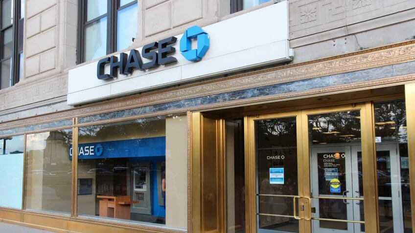 CHICAGO, USA - JUNE 27, 2013: Chase Bank in Chicago.