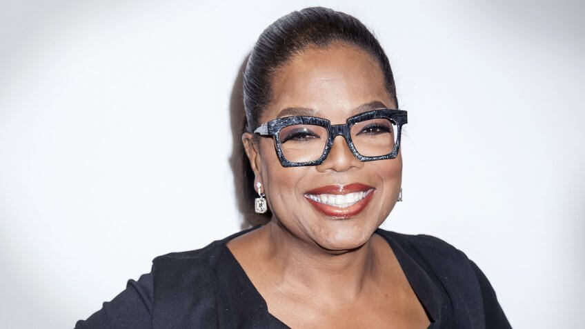 Apple and Oprah Team Up for Multiyear Film and TV Deal
