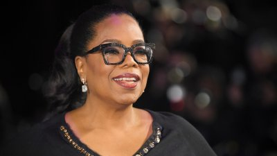 Oprah Winfrey Becomes First Black Woman to Land on Bloomberg Billionaires List