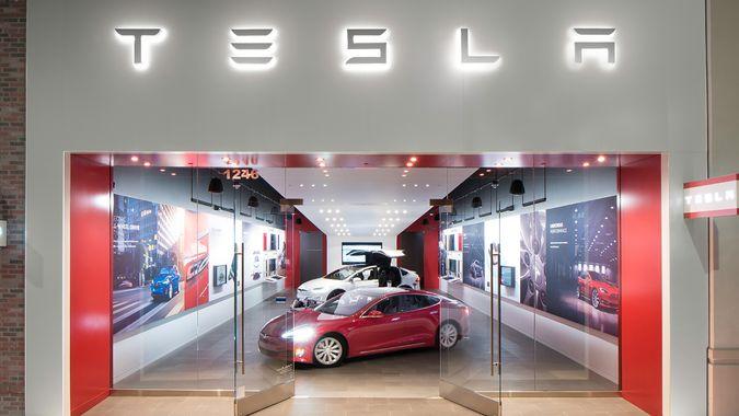 Tesla Walnut Creek Retail store.