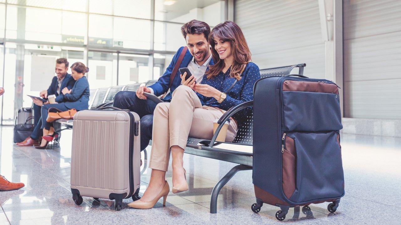 30 Secrets to Save Big on Last-Minute Travel