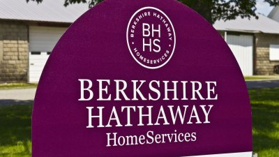 Find Out How Much Warren Buffett's Berkshire Hathaway is Worth