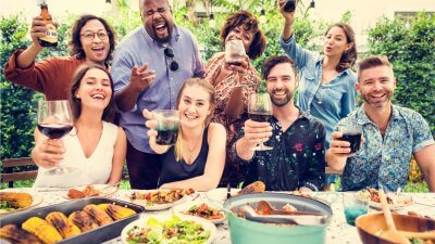 How to Throw the Perfect Summer Party for Under $100
