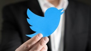 Thinking About Investing in Twitter? Here's What You Need to Know