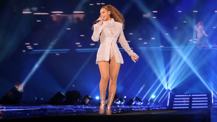 Mandatory Credit: Photo by PictureGroup/REX/Shutterstock (9704787e)Beyonce KnowlesBeyonce and Jay-Z in concert, 'On The Run II Tour', Principality Stadium, Cardiff, Wales, UK - 06 Jun 2018WEARING LAQUAN SMITH.