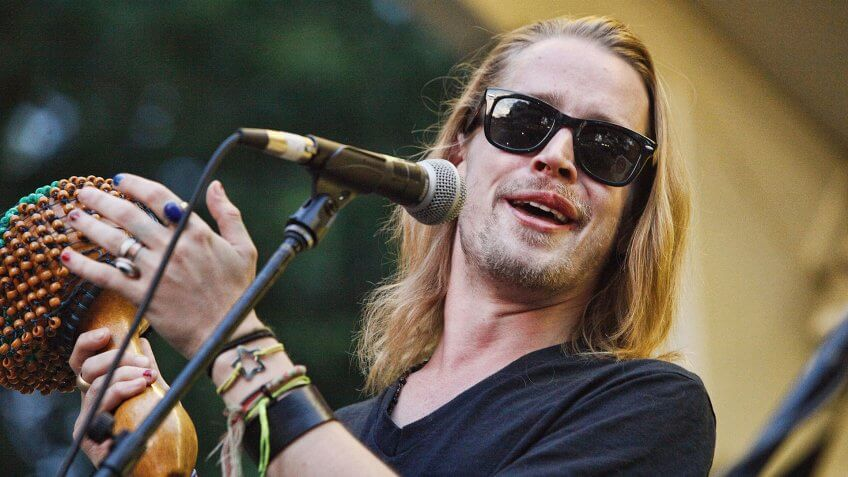 Mandatory Credit: Photo by MediaPunch/REX/Shutterstock (3957008b)Macaulay Culkin - The Pizza UndergroundThe Awesome Fest at the Oval on the Parkway, Philadelphia, America - 18 Jul 2014.