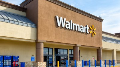 Walmart Tops List of Where Americans Spend Their Money