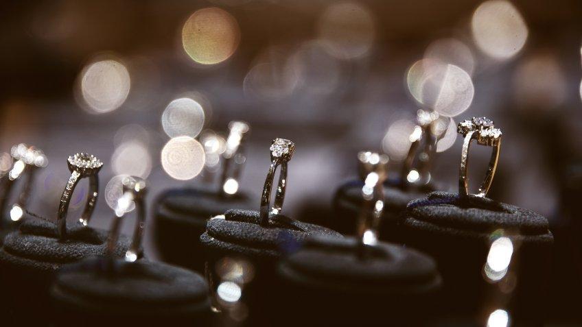 diamond ring jewelery
