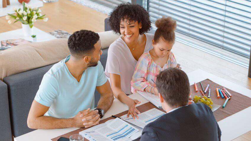 Best ETF Brokers: Find One to Meet Your Needs