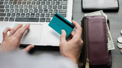 I Use These 3 Fool-Proof Strategies to Avoid Credit Card Debt