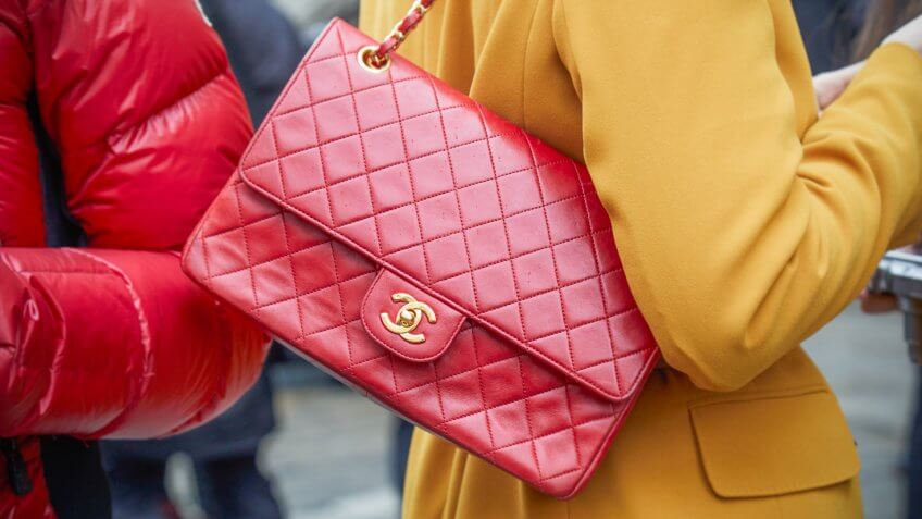 26793077d4d9 Chanel flap bag