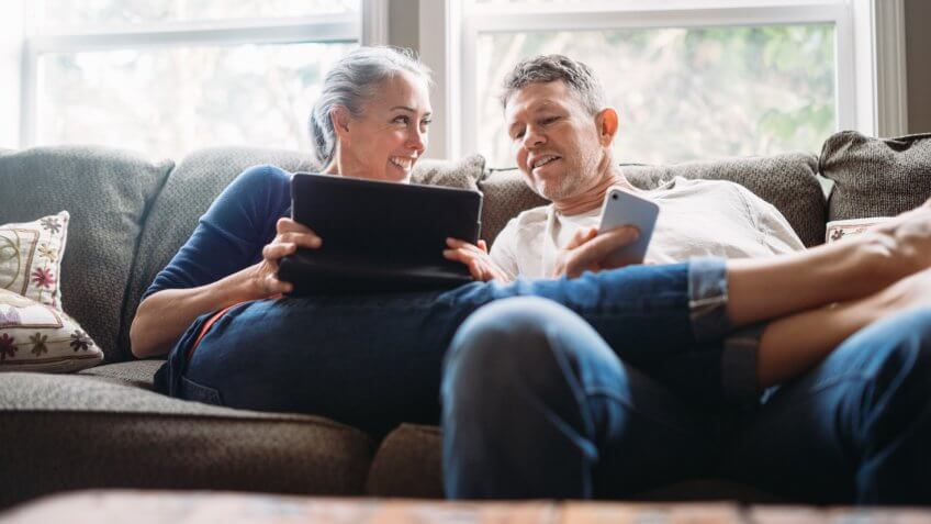 20 Tips to Live Comfortably Off Just a Social Security Check